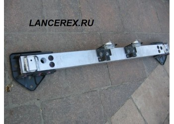 Усилитель заднего бампера Эво 10