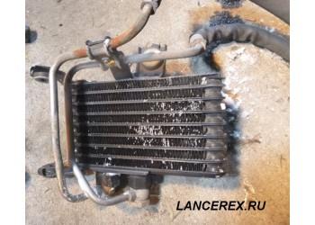 Масляный радиатор двигателя EVO X 1240A064
