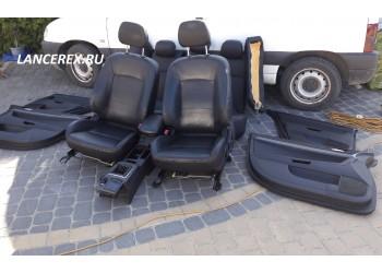 Кожаный салон Лансер 10 седан