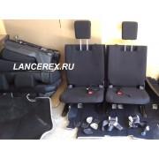 Третий ряд сидений на Аутлендер 3 сдвижной каркас второго ряда