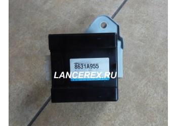 8631A955 блок управления полным приводом Outlander 3
